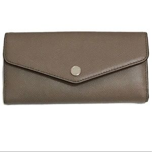 Michael Kors Greenwich Carryall Taupe Wallet NWOT